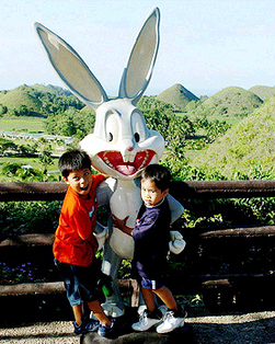 LOONEY TUNES IN CHINA