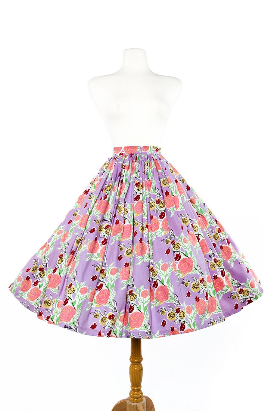 Jenny skirt in lips and roses print in lavender. (Click to enlarge.)