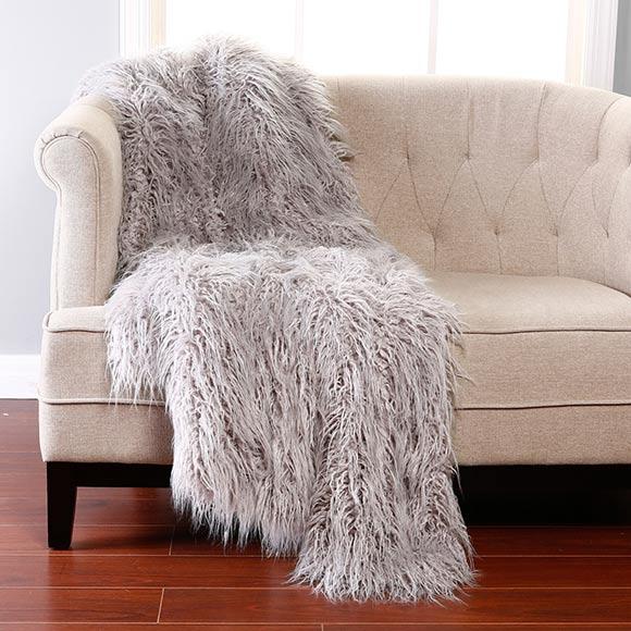 hyperrealcg_couch