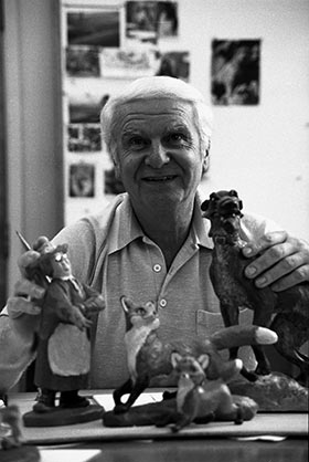 Mel Shaw at work on The Fox and the Hound at The Walt Disney Studios, c. 1977. (Photo: Walt Disney Archives Photo Library, © Disney.)