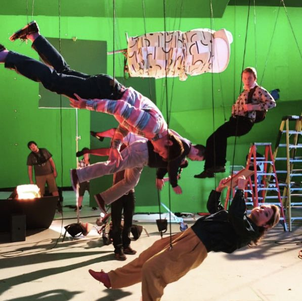 Director Bryan Singer posted this behind the scenes image on his Instagram page of greenscreen wire shoot for the Quicksilver sequence.