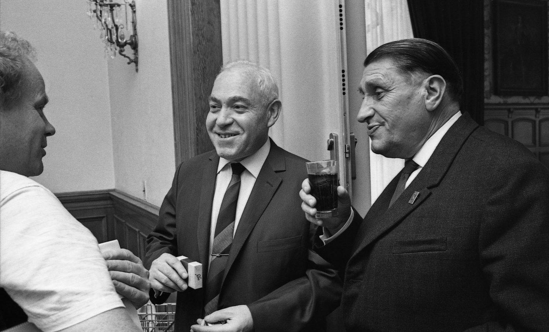 Russian filmmakers Fyodor Khitruk (c.) and Ivan Ivanov-Vano (r.). (Photo: Bruno Massenet/The Bruno Massenet fonds of The Cinémathèque québécoise)