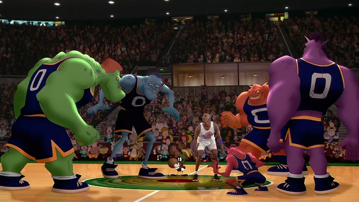 Michael Jordan takes on the Monstars. Image courtesy Cinesite.