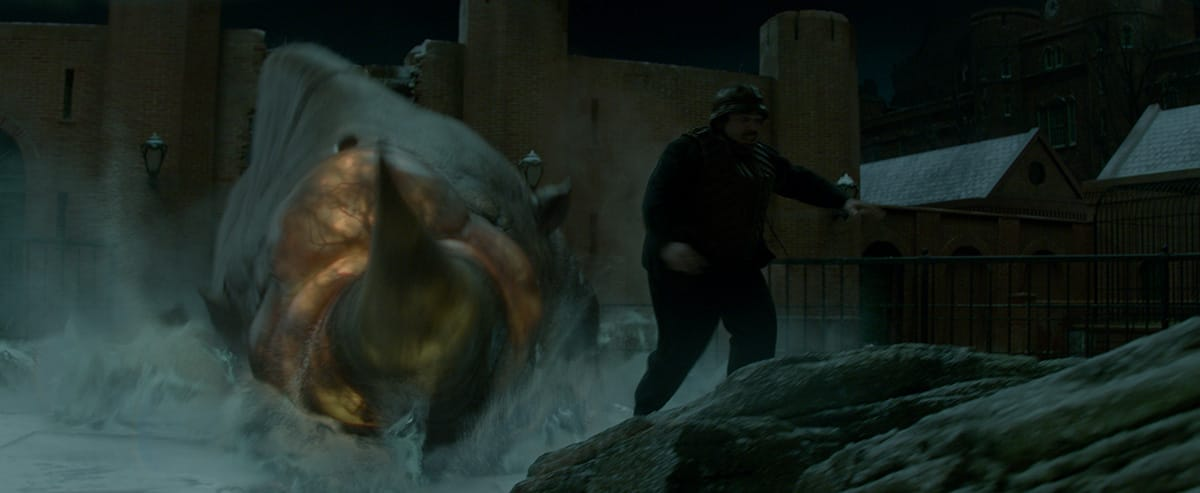 Final shot of Jacob running from the Erumpent.