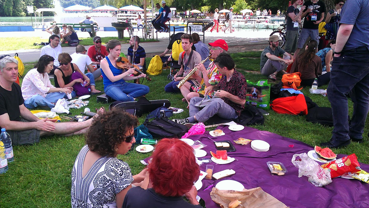 Nik and Nancy Phelps' annual Annecy picnic on Saturday. Photo: Corrie Francis Parks.