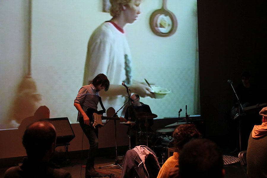 Cheval fou performing during a screening of films by Joël Vaudreuil.