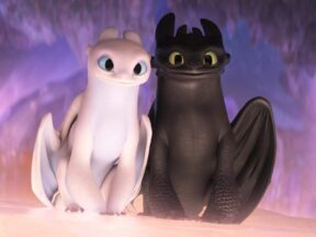 "Toothless & Light Fury, ""How to Train Your Dragon: The Hidden World"""