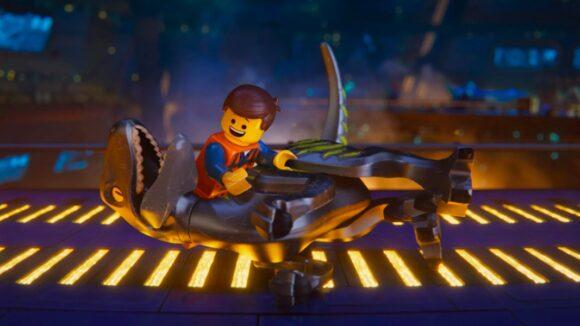 Lego, Universal
