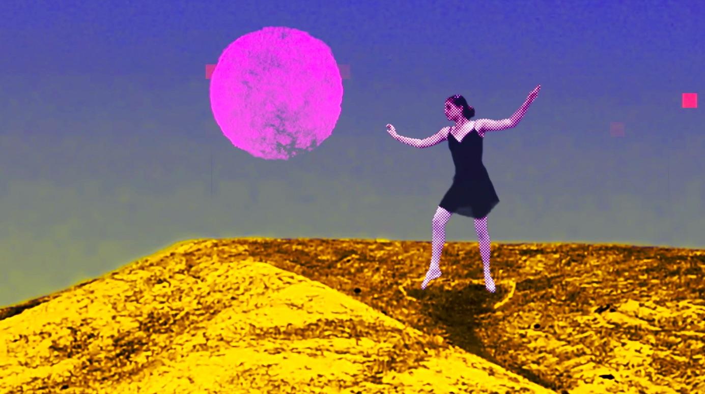 """Golden Sunsolo Planet"""