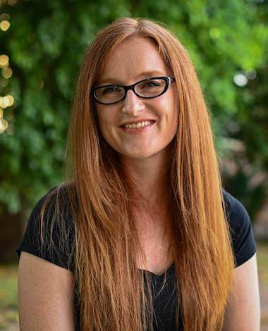 Elaine Bogan