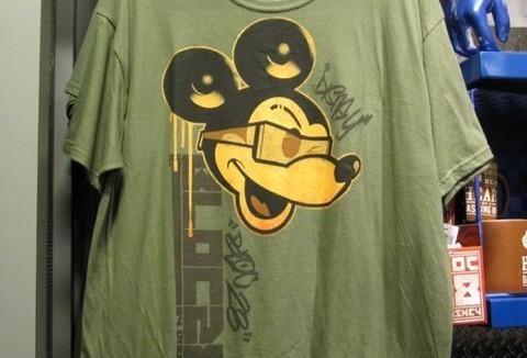mickey-hip-a